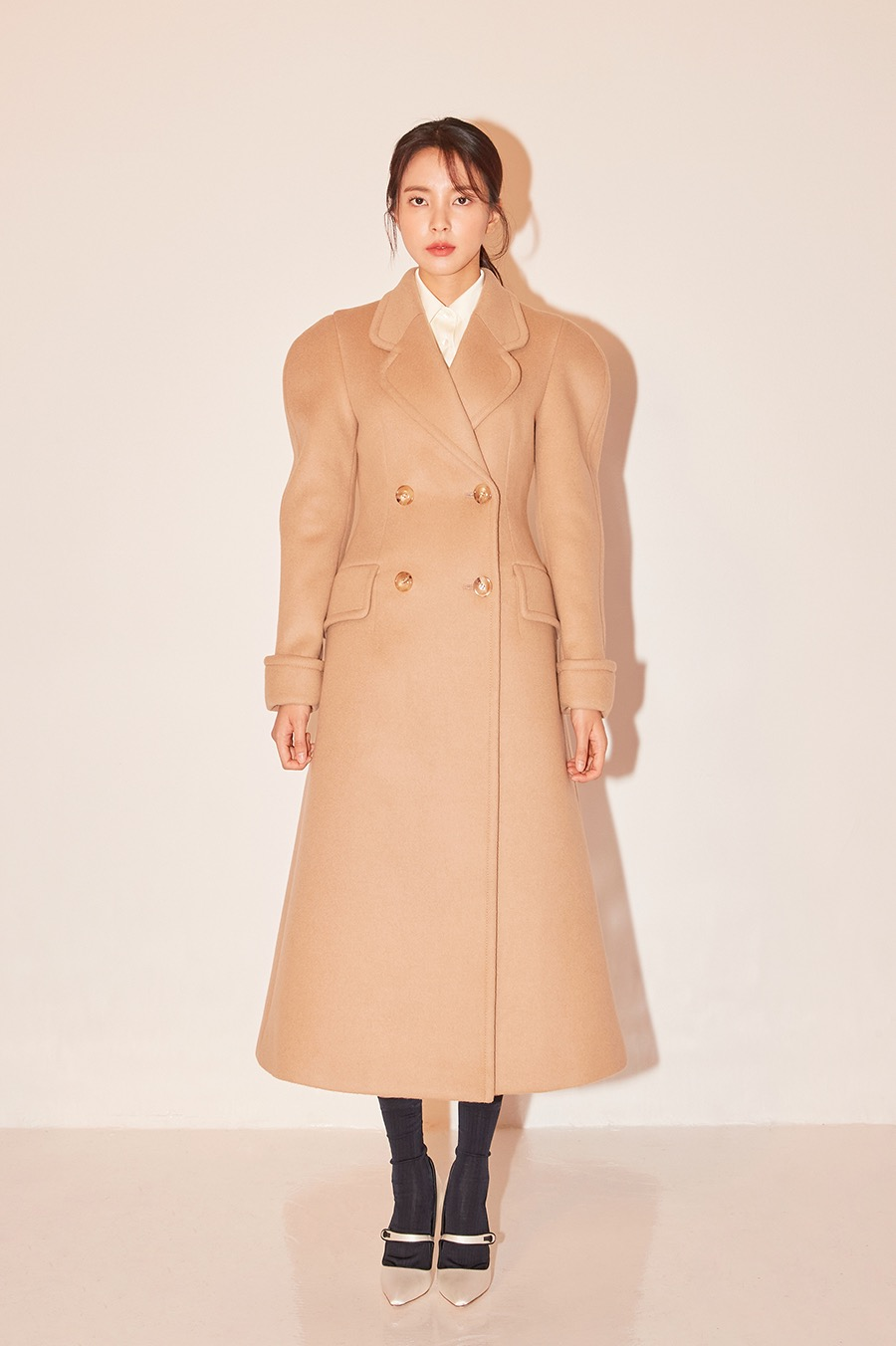NO.2 OUTER - BEIGE