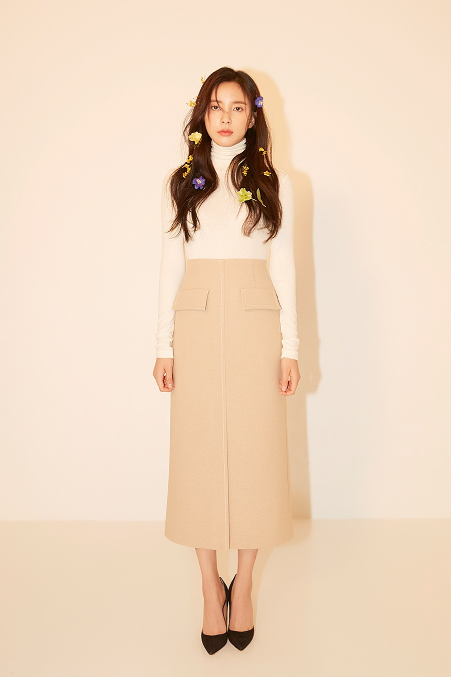 NO.3 SKIRT - BEIGE